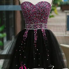 Black homecoming dresses new arrival corset fitted short prom dress pink beaded bodice tulle sweet 16 gown