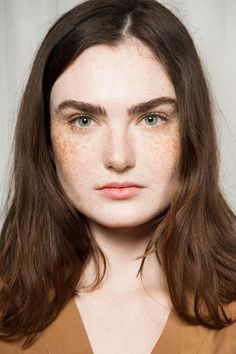 Looks From MFW Fall 2015: Gucci #makeup #fashion