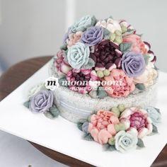 MOONIMOONI FLOWER CAKE 결혼후 시어머님의 첫 생신, 많이 긴장되고, 많은 준비를 하...