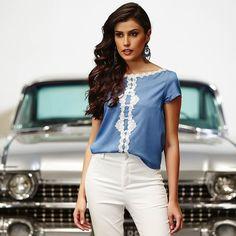 Com detalhes de renda, nossa versão da t-shirt jeans! #EvaBella #Verao #Provence
