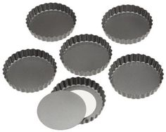 Wilton Perfect Results 4.75 Inch Round Tart/Quiche Pan,Set of 6: Amazon.com: Kitchen & Dining