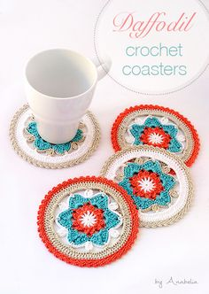 Do you wish to dress your table with flowers this May? Here I show my last super easy DIY crochet project: Daffodil flowers crochet coasters with a new crochet motif. Crochet Kitchen, Crochet Home, Love Crochet, Crochet Gifts, Crochet Motif, Crochet Doilies, Knit Crochet, Crochet Coaster, Thread Crochet