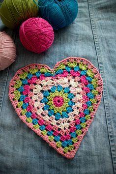 Crochet Square Patterns, Crochet Squares, Crochet Motif, Crochet Designs, Crochet Stitches, Granny Squares, Heart Granny Square, Crochet Granny, Rainbow Crochet