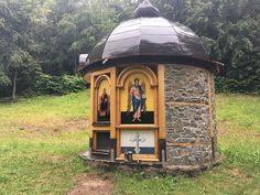 Tip na výlet: Posledné kúsky divočiny a zabudnutý zázrak v Poloninách - ahojmama.sk Gazebo, Outdoor Structures, Deck Gazebo, Cabana, Arbors