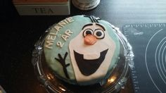 I made this one for my nieces birthday 23/4-16. Its the snowman from Disneys Fozen made out of fondant on a homemade cake.