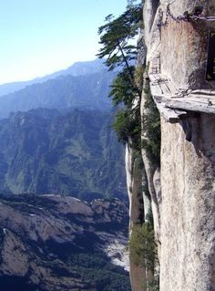 The Chang Kong Cliff Road was built more than 700 years ago by hermits seeking immortals they thought were living deep in the mountains Picture: Quirky China News / Rex Features