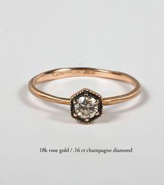 Satomi Kawakita Hexagon Ring with Champagne Diamond