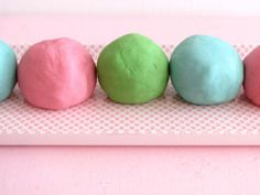 No Cook Play Dough WITHOUT boiling water. Students could help make this one.