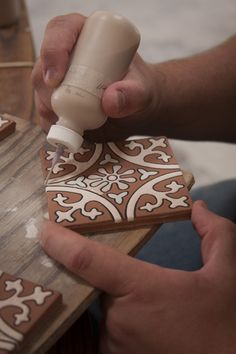 See how our hand painted tiles are made from start to finish. Made by artisans in Aromas, CA, our hand painted tiles make any installation one-of-a-kind. Ceramic Tile Crafts, Painting Ceramic Tiles, Clay Tiles, Ceramic Pottery, Ceramic Art, Painted Tiles, Hand Painted, Ceramics Tile, Ceramic Techniques