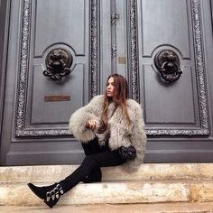 winter outfit inspiration. toga boots