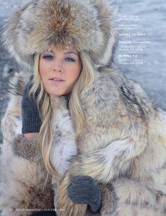 ** Canadian lynx trapper hat and coat / apres ski Lynx, Fabulous Fox, Stunning Brunette, Fur Clothing, Crazy Outfits, Fur Fashion, Fashion Fall, Fox Fur, Vintage Posters