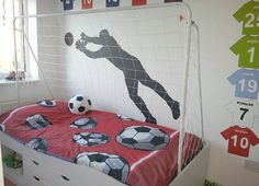 Soccer Bedroom Decoration is Perfect for Little Boys - Decor Art Soccer Room Decor, Soccer Bedroom, Football Bedroom, Boy Decor, Kids Bedroom, Sports Decor, Football Baby Rooms, Bedroom Themes, Bedroom Decor
