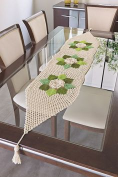 13 Exquisite Beautiful Crochet Tablecloth to Ruin Your Heart - Top Inspirations Crochet Table Runner, Table Runner Pattern, Crochet Tablecloth, Crochet Doilies, Crochet Flowers, Filet Crochet, Crochet Leaf Patterns, Crochet Decoration, Crochet Dishcloths