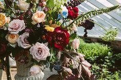 How to Create a Summer Garden-Style Arrangement