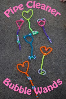 Life with Moore Babies: Pipe Cleaner Bubble Wands
