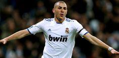 Karim Benzema (1987) 🇫🇷 Temporadas (8), 2009-2017... Ligas (2). Copas (2). Champions (3). Intercontinental (2). Goles: 180 (8º máximo goleador)