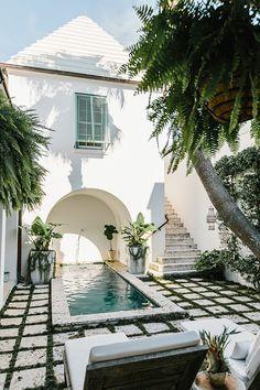 Beachy boho Design Patio, House Design, Outdoor Spaces, Outdoor Living, Outdoor Decor, Small Patio, The Great Outdoors, Interior And Exterior, Interior Design