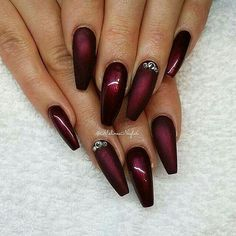 Haar make-up · christmas nails burgundy nails, black nails, black cherry nails, red burgundy, dope Red Stiletto Nails, Red Acrylic Nails, Coffin Nails, Pastel Nails, Gorgeous Nails, Pretty Nails, Fancy Nails, Black Cherry Nails, Black Nails