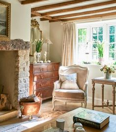 country decor living room. My Country Living  Photo Http Busybeestudio Co Uk Press 25 Beautiful Homes Magazine