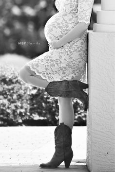 Maternity Cowboy Boots - Modern Baby Photography  https://www.facebook.com/pages/Modern-Baby-Photography-Modern-Bride-Photography/136711606535984