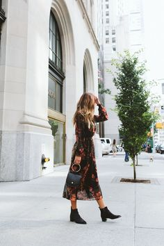 how to pair booties with dress for fall- street style- women's fashion- dress- cute outfit