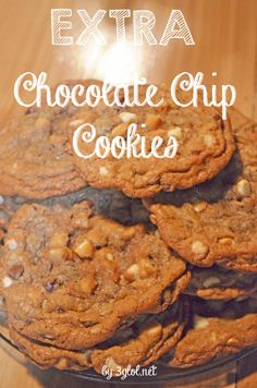 EXTRA Chocolate Chip Cookies. Made with more chocolate chips and made EXTRA BIG! #chocolatechipcookie #bigcookie www.3glol.net