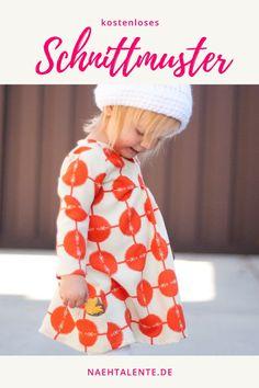 Kinderkleid - Babykleid für 12 - 18 Monate - Freebook zum selber nähen - kostenloses PDF-Schnittmuster - für alle Webwaren-Stoffe - Nähtalente - Das Magazin für Hobbyschneider/innen mit Schnittmuster-Datenbank #nähen #freebook #schnittmuster #gratis #nähenmachtglücklich #freesewingpattern #handmade #diy Fashion Kids, Baby Boy Fashion, Womens Fashion, Toddler Outfits, Baby Boy Outfits, Kids Outfits, Diy Clothes Kimono, Outfit Vestidos, Designer Baby Clothes