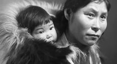 Inuit mother and baby in fur parka, Nome, Alaska, United States (territory)… Native American Photos, Native American Tribes, Native American History, Portraits Illustrés, Studio Portraits, We Are The World, People Of The World, Inuit People, Mother And Baby