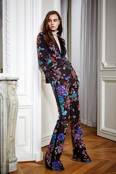 http://www.vogue.com/fashion-shows/pre-fall-2016/zuhair-murad/slideshow/collection#38
