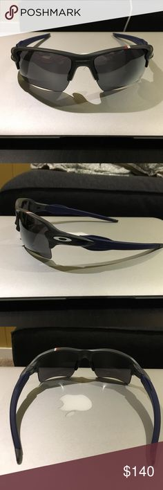 do oakley glasses come with a case  commemorative oakley flak 2.0 sunglasses brand new. comes with sunglasses case, dust bag and