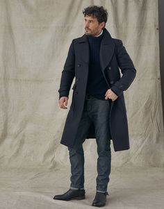 Shop the Milford wool coat in black from Belstaff. Navy Trench Coat, Trench Coat Outfit, Winter Outfits Men, Stylish Mens Outfits, Mens Winter Clothes, Winter Wear For Men, Mens Winter Coat, Men Clothes, Double Breasted Coat Mens