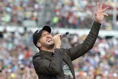 Luke Bryan totally botches the National Anthem - Daytona 500 2014
