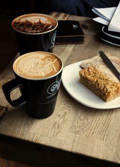 Coffee and Kuchen My Coffee Shop, I Love Coffee, Coffee Cafe, Coffee Break, Coffee Drinks, Morning Coffee, Nyc Coffee, Coffee Aroma, Frappuccino