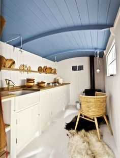 British Standard by plain English, Shepherd's Hut