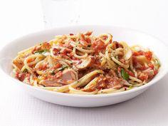 Spaghetti With Spicy Tuna Marinara Sauce from FoodNetwork.com - Canned Tuna in Water.  High protein spaghetti.