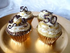50th anniversary cupcakes