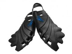 Speedo Nemesis fins inspired by the Humpback whale  (side note, I would love to add a pair of these to my SCUBA gear...)