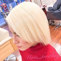 #ヘアカラー #派手髪 #ブリーチ1回 #ホワイトヘア #ホワイトブリーチ #ハイトーンカラー White Blonde, Blonde Hair, Hare, Hair Styles, Instagram, Hair Plait Styles, Yellow Hair, Bunny, Hair Makeup