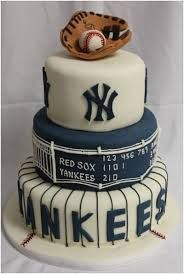 Baseball Cake-- most amazing cake ever! Too bad it's a freaking yankee cake though! Would be a great grooms cake Fancy Cakes, Cute Cakes, Pretty Cakes, Beautiful Cakes, Amazing Cakes, Yankee Cake, Cake Inspiration, Bolo Mickey, Onigirazu