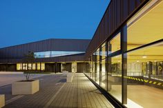 SECONDARY SCHOOL SPORT HALL AND CULTURAL CENTER BY CHARTIER DALIX ARCHITECTES