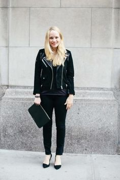 How to Look Skinny: 13 Ways to Appear Slimmer in Seconds wear all black