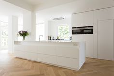 hi-macs keuken kleur Pitt Cooking, Kitchen Time, Minimalist Kitchen, White Marble, New Homes, Flooring, Interior Design, Living Room, Home Decor