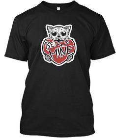 Cat Lovers   Be Mine Cat Black Kaos Front