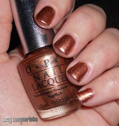 Lazy Lacquerista: OPI Swatch :: DS Glow