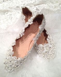 Hey, I found this really awesome Etsy listing at https://www.etsy.com/listing/182651063/wedding-shoes-lace-crystal-bridal-shoes