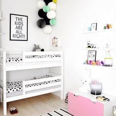Kid's shared bedroom with bunk beds. Cool Bunk Beds, Kids Bunk Beds, Bunk Bed Designs, Bedroom Designs, Shared Bedrooms, Kids Room Design, Kids Bedroom, Kids Rooms, Kid Spaces