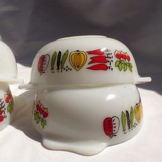 Teeny Little JAJ Pyrex Dishes by mubeimmik, via Flickr