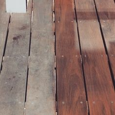 Look Ipe Rubio Monocoat, Hardwood Floors, Flooring, Look, Instagram, Wooden Terrace, Before After, Outfit, Wood Floor Tiles