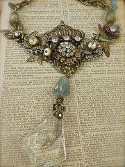 Queen's Ransom by Diana Frey Vintage Jewelry Crafts, Old Jewelry, Jewelry Art, Beaded Jewelry, Jewelry Design, Jewelry Making, Jewlery, Bohemian Jewelry, Jewelry Ideas
