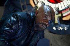 Samuel L. Jackson on Avengers 2 Age of Ultron and other things.  SPOILERS, SPOILERS, SPOILERS - he reveals casting details and other things.  If you want to stay spoiler-free, stay away from this one.  I didn't even pin the article title.